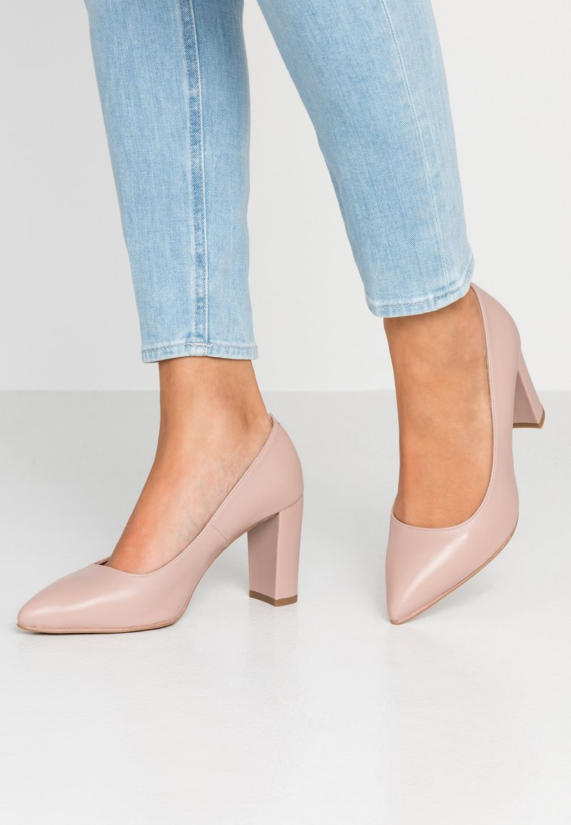 Brenda Zaro Wide Fit - WIDE FIT DIAN - Classic heels - glamour rose
