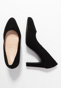 Brenda Zaro Wide Fit - WIDE FIT BIBI - High heels - nero - 3