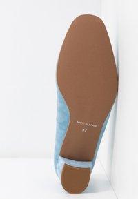 Brenda Zaro Wide Fit - WIDE FIT AINARA - Classic heels - celeste - 6