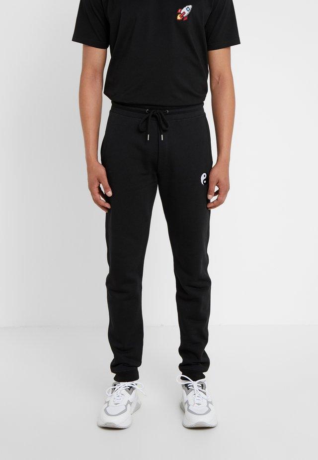PANTS MAN SMALL YIN YANG - Joggebukse - black