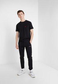 Bricktown - SMALL PEPPER - T-Shirt print - black - 1