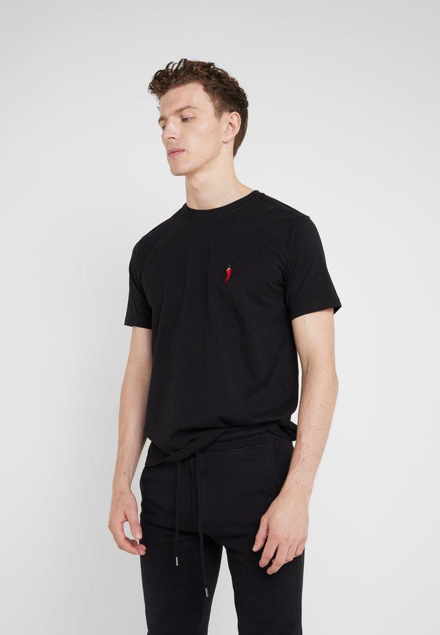 SMALL PEPPER - T-shirt z nadrukiem - black