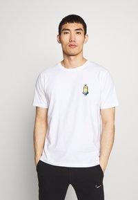 Bricktown - JADED MINION SMALL - Print T-shirt - white - 0