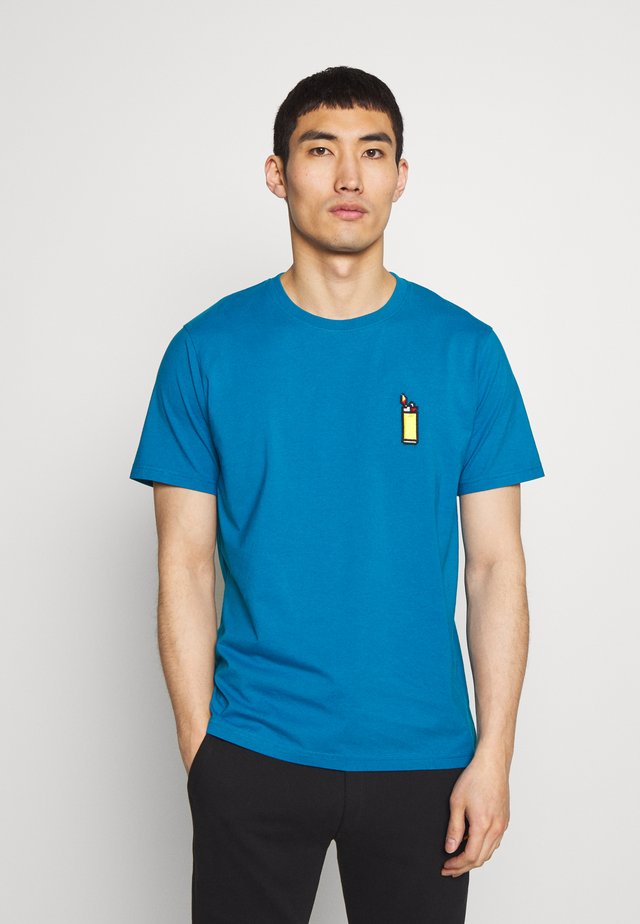 LIGHTER SMALL - T-shirt med print - turquoise