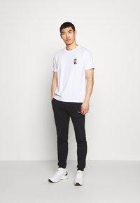 Bricktown - LUIGI SMALL - Print T-shirt - white - 1