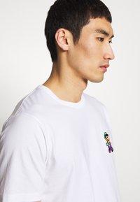 Bricktown - LUIGI SMALL - Print T-shirt - white - 3
