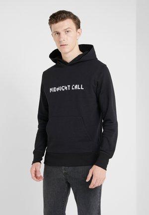 HOODIE BIG MIDNIGHT CALL BACKBIG MOON WOLF - Kapuzenpullover - black