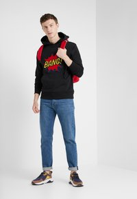 Bricktown - HOODIE BIG BANG - Kapuzenpullover - black - 1