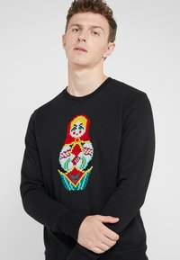 Bricktown - BIG MATRIOCHKA - Sweatshirt - black - 4