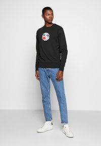 Bricktown - BOO GHOST BIG - Sweatshirt - black - 1