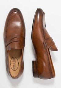 Brett & Sons - Elegantní nazouvací boty - tan - 1