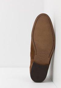 Brett & Sons - Kotníkové boty - cognac - 4