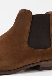 Brett & Sons - Kotníkové boty - cognac - 5