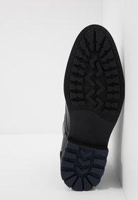 Brett & Sons - Šněrovací kotníkové boty - briso black - 4