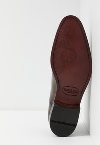 Brett & Sons - Elegantní šněrovací boty - natur nut - 4