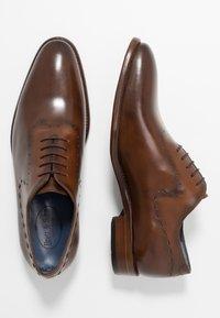 Brett & Sons - Elegantní šněrovací boty - cognac/tan - 1