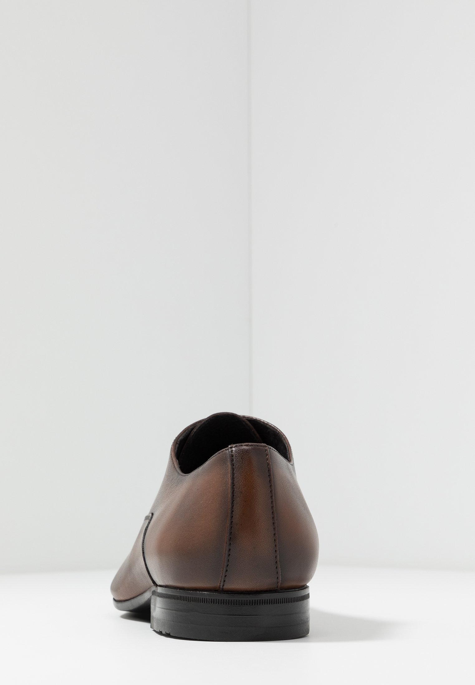 Brett & Sons Stringate Eleganti - Cres Cognac 4MGeA