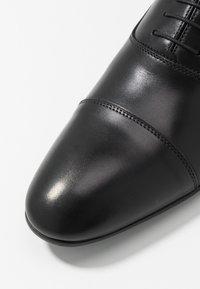 Brett & Sons - Stringate eleganti - cres noir - 5