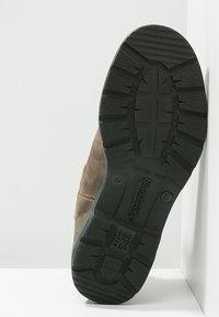 Blundstone - 585 CLASSIC - Korte laarzen - brown - 4