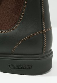 Blundstone - 063 DRESS SERIES - Classic ankle boots - dark brown - 5