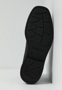 Blundstone - 063 DRESS SERIES - Classic ankle boots - voltan black - 5