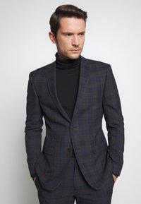 Ben Sherman Tailoring - OVERCHECK SUIT SLIM FIT - Suit - navy - 2