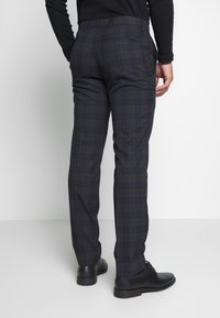 Ben Sherman Tailoring - OVERCHECK SUIT SLIM FIT - Suit - navy - 5