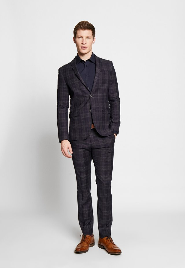 DEEP BROKEN CHECK JACKET AND TROUSER - Kostym - blue