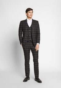 Ben Sherman Tailoring - BRUSHED WAISTCOAT - Waistcoat - black - 1