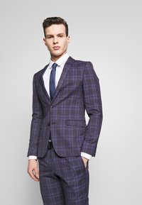 Ben Sherman Tailoring - CHECK SUIT SKINNY FIT - Suit - purple - 2