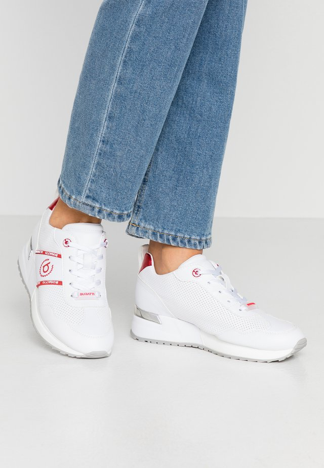 IVORY - Sneakers - white/red