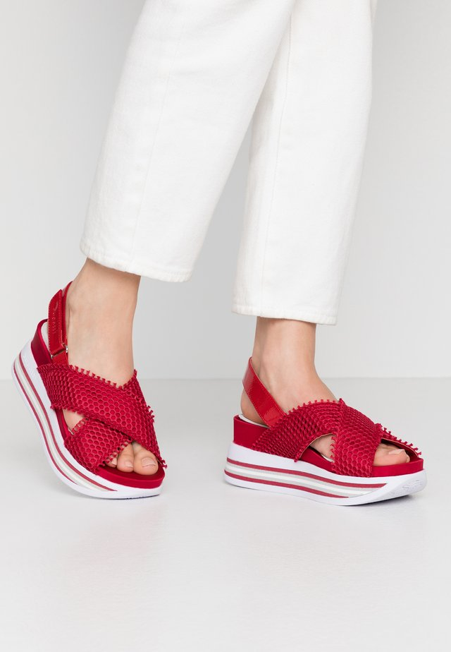 JIL - Korkeakorkoiset sandaalit - red