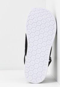 Bugatti - JIL - Platform sandals - black - 6