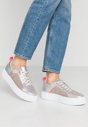 INFINITY - Sneakers basse - metallics/light grey