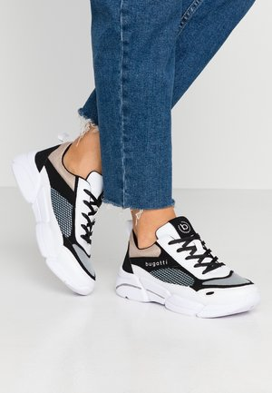 SHIGGY - Sneakers laag - white / black