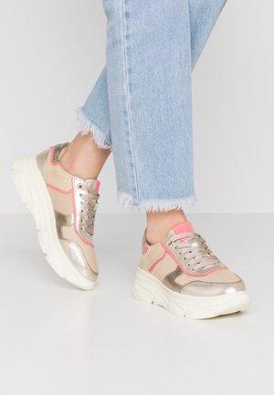NAVA - Sneakers laag - beige/pink