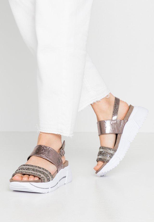 RAJA - Korkeakorkoiset sandaalit - grey/metallics