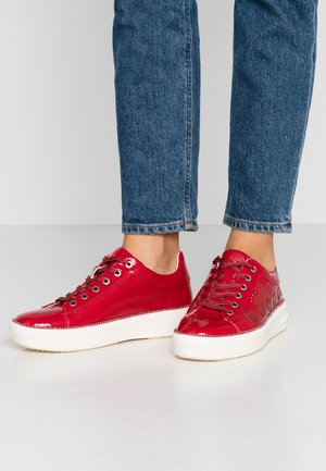 KELLI - Sneakers laag - red