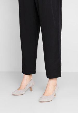 Classic heels - light grey