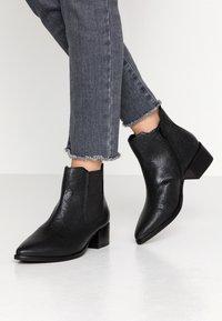 Bugatti - SUSANNA - Boots à talons - black - 0