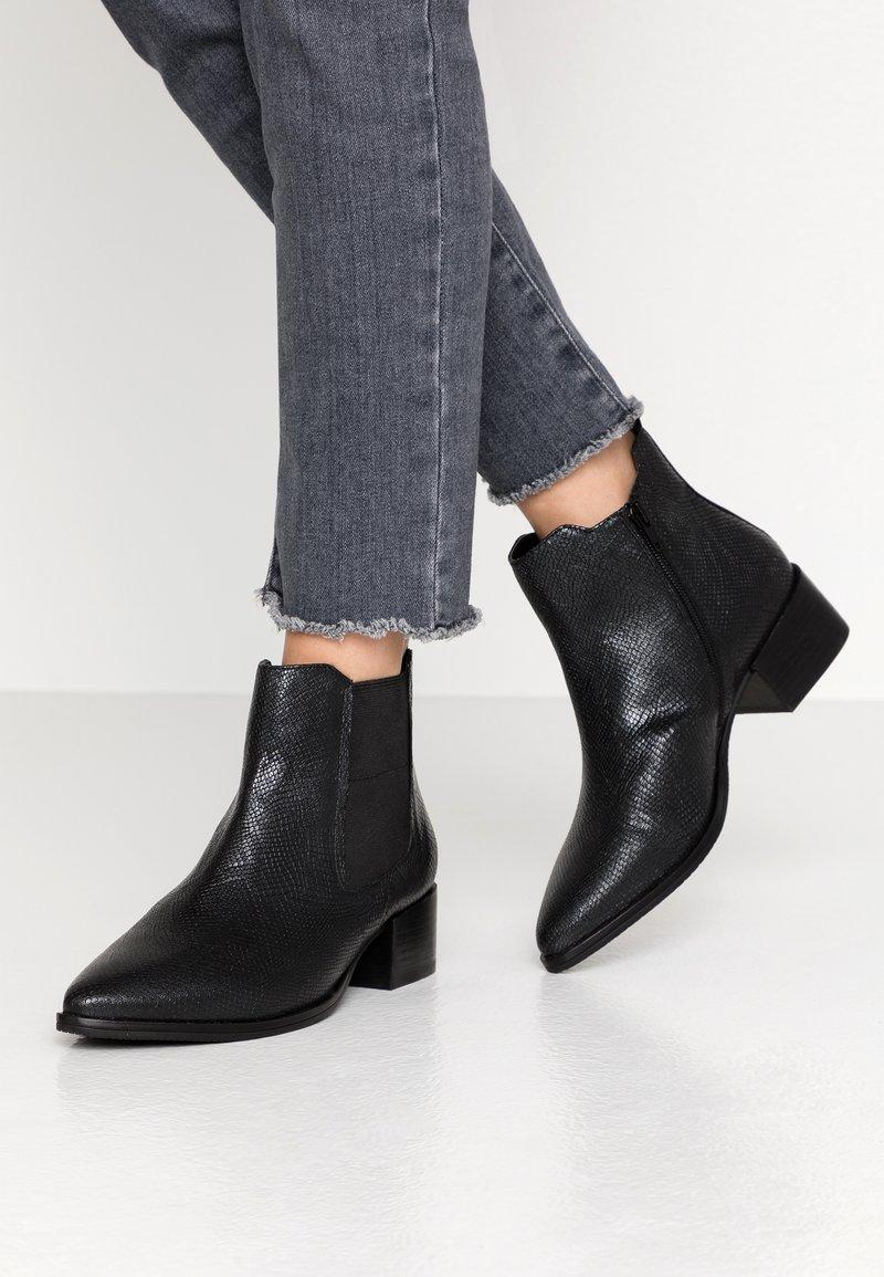 Bugatti - SUSANNA - Boots à talons - black