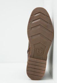 Bugatti - VANDAL - Lace-up ankle boots - dark brown - 4