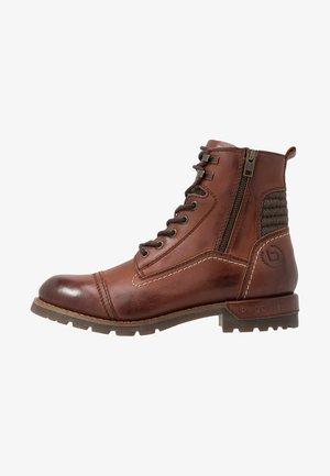 SENTRA - Šněrovací kotníkové boty - brown