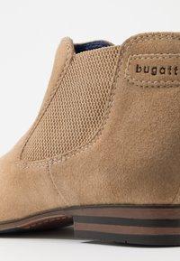 Bugatti - MATTIA - Stivaletti - taupe - 5