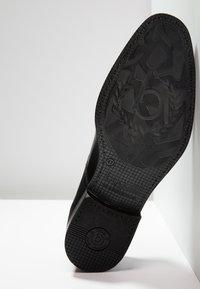 Bugatti - RINALDO - Klassiset nauhakengät - black - 4