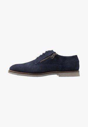 MUZIANO - Šněrovací boty - blue