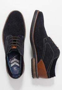 Bugatti - VANDO - Šněrovací boty - dark blue - 1