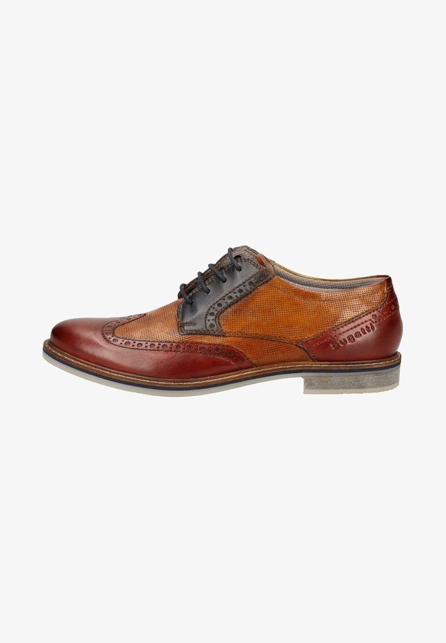 Zapatos de vestir - red/cognac