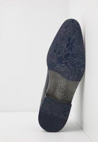 Bugatti - LUCAS - Smart lace-ups - dark blue - 4