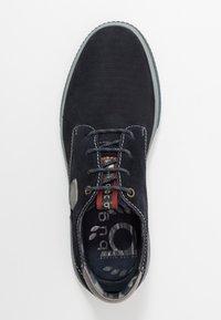 Bugatti - PRAKTIK - Casual lace-ups - dark blue - 1
